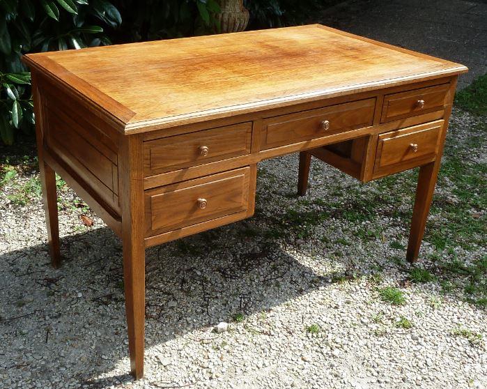 bureau chene clair 120cm x 70 h75 pasquier antiquites. Black Bedroom Furniture Sets. Home Design Ideas